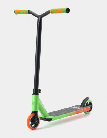 Blunt Envy Scooters One s3 - Green/Orange. - Product Photo 1