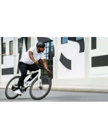 Gogoro Eeyo 1s - White. - Product Photo 2