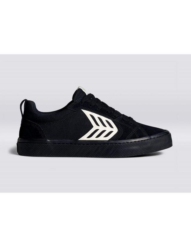 Cariuma Catiba Pro - All Black - Skate Shoes  - Cover Photo 1