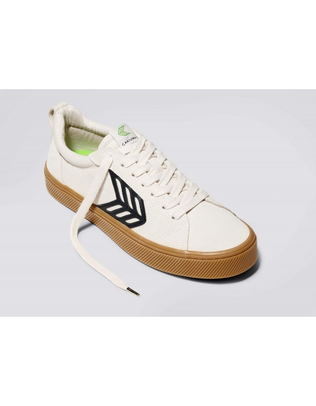 Cariuma Catiba Pro - Gum Vintage White - Skate Shoes  - Cover Photo 3